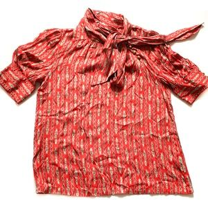 BANANA Republic 100% Silk Size Small Red Blouse